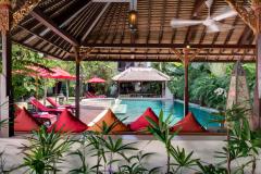 Villa-Kalimaya-I-Behind-the-pool-bale
