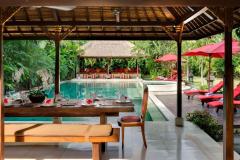 Villa-Kalimaya-I-Dining-pavilion-pool-view