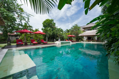 Villa-Kalimaya-I-View-across-the-pool
