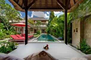 Villa-Kalimaya-II-View-from-Bale