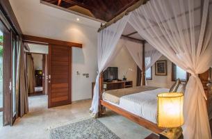 Villa-Kalimaya-III-First-floor-guest-bedroom