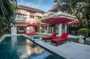 Villa-Kalimaya-III-Luxurious-living-1