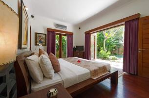 Villa-Kalimaya-IV-Master-bedroom
