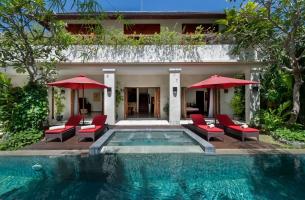 Villa-Kalimaya-IV-Pool-and-villa-1