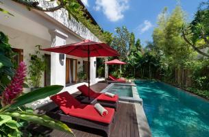 Villa-Kalimaya-IV-Pool-deck