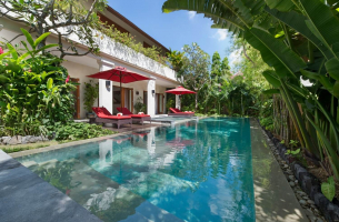 Villa-Kalimaya-IV-Pool-view
